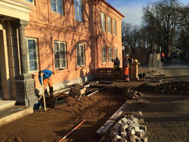 Bjäre Entreprenad utför markarbete för den gamla bruksfastigheten Bruksgården